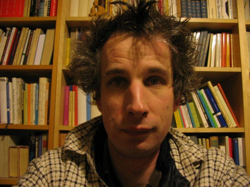 Joachim Wendel frisch geduscht und rasiert